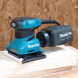 Makita BO4556 Finishing Sander 200W preview