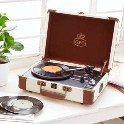 GPO Ambassador Vinyl Record Player Cream/Tan