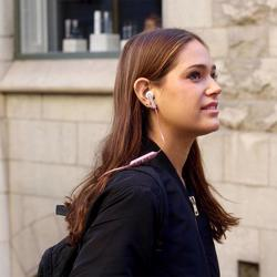 URBANISTA Berlin Bluetooth Earbuds Rose Gold