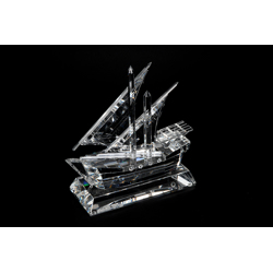 Crystal Traditional Dhow On Clear Crystal Base-25cm
